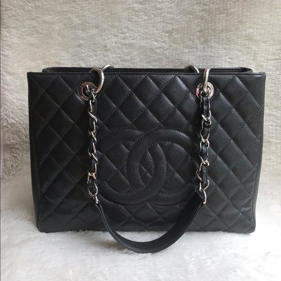84132b8145aaeb CHANEL Bags | Soldauthentic Gst Caviar Shw Series 18 | Poshmark